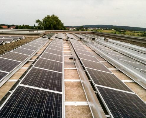 Photovoltaik Solaranlage – Schulzentrum in Pfalzgrafenweiler erzeugt Solarstrom